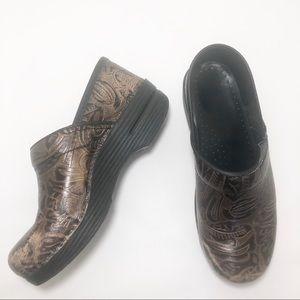 Dansko Professional Brown Paisley Tooled Leather